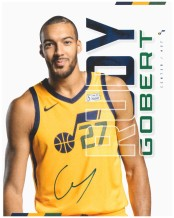 RG27 - Autographed card