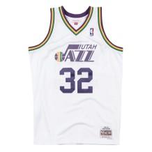 b8b89e633 Mitchell   Ness. Basket-Ball Jerseys Men Mitchell   Ness 80s Hardwood  Classic Swingman Jersey Utah Jazz ...