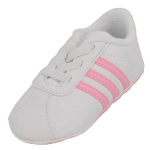 Retrouvez une sélection de chaussures Adidas Football