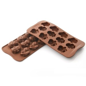 Moule en silicone 12 chocolats ange Silikomart