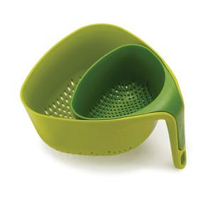 2 passoires coins ergonomiques vert Joseph Joseph