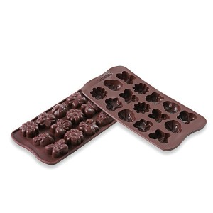1 Moule 15 chocolats Printemps en silicone Silikomart