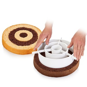 Cercle séparateur gâteaux arc-en-ciel et damiers